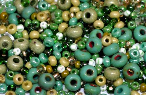 Best.Nr.:s-0009 Glasperlen Rocailles Farbmix, hergestellt in Gablonz Tschechien