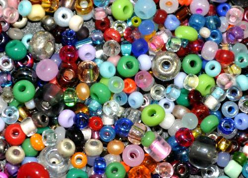 Best.Nr.:s-0053  Glasperlen Rocailles,  hergestellt in Gablonz Tschechien,  Farbmix