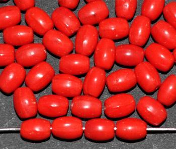 Best.Nr.:63685 Glasperle Olive, 1930/40 in Gablonz/Böhmen hergestellt, hellrot