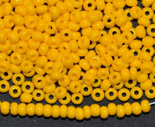 Best.Nr.:01011/100 Rocailles von Ornella Preciosa Tschechien, gelb opak