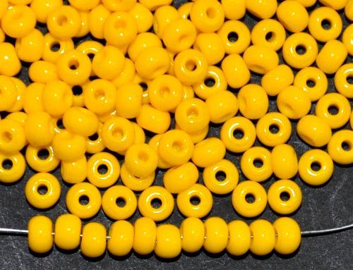 Best.Nr.:01052 Rocailles von Ornella Preciosa Tschechien,  gelb opak