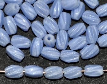 Best.Nr.:63218 Glasperle getwistet, 1930/40 in Gablonz/Böhmen hergestellt, hellblau