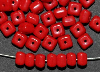 Best.Nr.:49358 Glasperlen Würfel rot opak