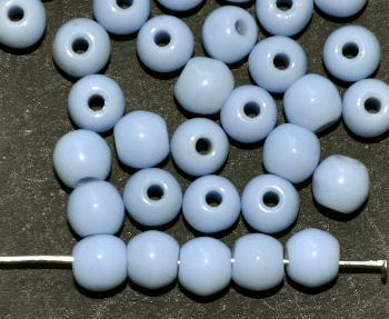 Best.Nr.:63662 Glasperle rund, 1920/30 in Gablonz/Böhmen hergestellt, blass blau