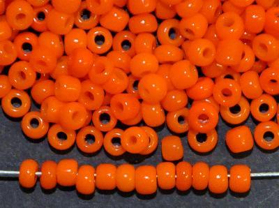 Best.Nr.:61257 Rocailles um 1930 in Böhmen hergestellt,  orange opak