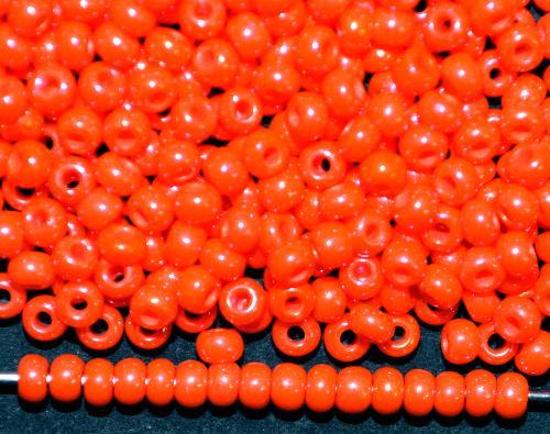 Best.Nr.:02002  Rocailles von Ornella Preciosa Tschechien,  orange opak irisierend