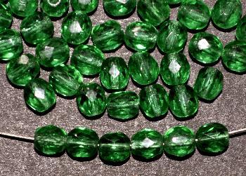 Best.Nr.:27562 Glasperlen facettiert smaragdgrün transparent, hergestellt in Gablonz / Tschechien