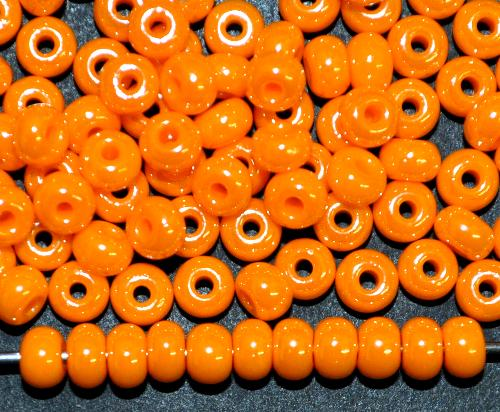 Best.Nr.:03025 Rocailles von Ornella Preciosa Tschechien  orange /schimmernd (lüster)
