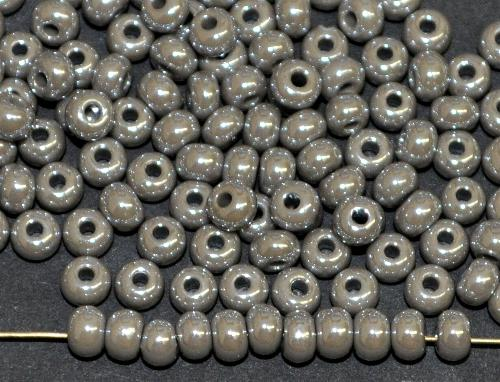 Best.Nr.:03029/100  Rocailles von Ornella Preciosa Tschechien,  grau opak schimmernd (lüster)