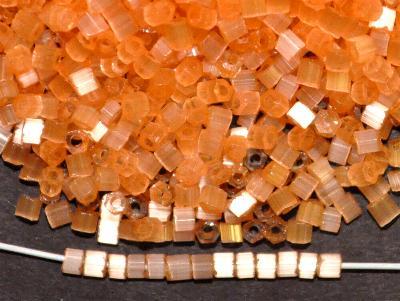 Best.Nr.:16031  Glasperlen aus  Satinglas orange,  hergestellt von Ornella Preciosa Tschechien,