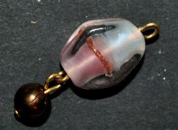 Best.Nr.:34108 Glasanhänger mit Öse, Aus zwei Glasperlen, davon eine böhmischen Wickelglasperlen