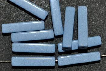 Best.Nr.:75050 vintage Keramikperlen, poliert um 1960 in Gablonz/Böhmen hergestellt Rechteckstäbchen hell schieferblau