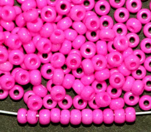 Best.Nr.:04034 Rocailles von Ornella Preciosa Tschechien,  dyed chalk (pastell) pink