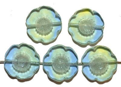 Best.Nr.:671206 Glasperlen / Table Cut Beads zart grün blau, Blüten geschliffen mit lüster finish, hergestellt in Gablonz / Böhmen