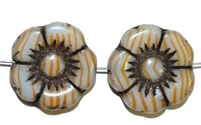 Best.Nr.:50102 Glasperlen Blüte, in Gablonz/Böhmen gefertigt,