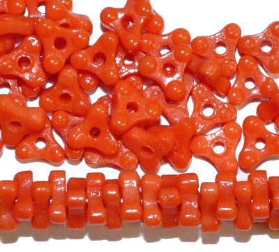 Best.Nr.:63331 Glasperlen in den 1920/30 Jahren in Gablonz/Böhmen hergestellt, orange opak