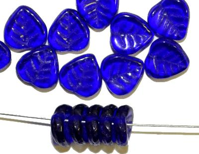Best.Nr.:50008 Glasperlen Blätter, kobaltblau transp., hergestellt in Gablonz / Böhmen