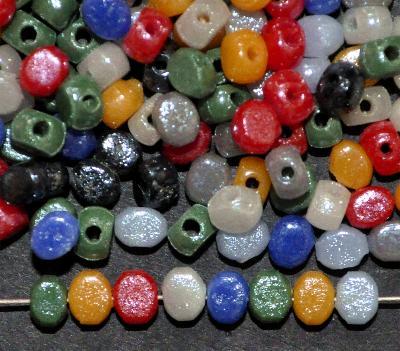 Best.Nr.:63603 Glasperlen Mix mit lüster, in den 1930/40 Jahren in Gablonz/Böhmen hergestellt,(Prosserbeads)