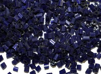 Best.Nr.:19043 Glasperlen / Stiftperlen in den 1940/50 Jahren in Gablonz/Böhmen hergestellt, dunkelblau opak