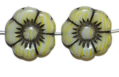 Best.Nr.:50057 Glasperlen Blüte, in Gablonz/Böhmen gefertigt,