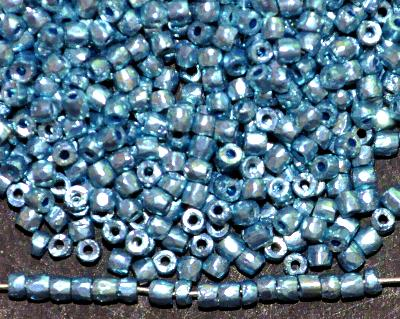 Best.Nr.:18043 3-Cutbeads von Ornella Preciosa Tschechien metallic ice blue