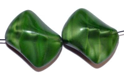 Best.Nr.:57198 Glasperlen Nuggets, Perlettglas grün, Hergestellt in Gablonz / Böhmen