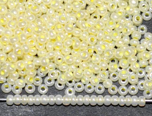 Best.Nr.:06028 Rocailles von Ornella Preciosa Tschechien, gelb (Perlmuttglanz)