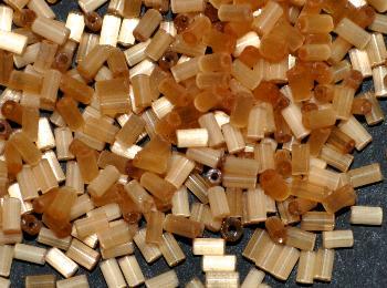 Best.Nr.:16018 Glasperlen / Stiftperlen von Preciosa Tschechien hergestellt, Satinglas hellbraun