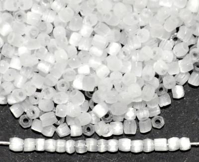 Best.Nr.:18045 3-Cutbeads von Ornella Preciosa Tschechien, Satinglas weiß
