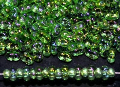 Best.Nr.:00837 Farfalle Rocailles von Ornella Preciosa Tschechien grün transp. mit AB