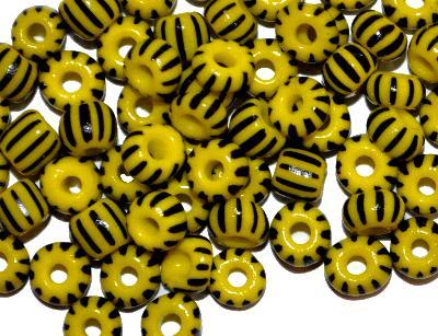 Best.Nr.:13051 Rocailles von Preciosa Ornella Tschechien,  gelb schwarz gestreift