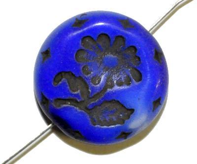 Best.Nr.:59145 vintage style Glasperlen, dunkelblau opak mit eingeprägter Blüte ,  nach alten Vorlagen aus den 1930 Jahren in Gablonz/Böhmen neu gefertigt,