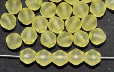 Best.Nr.:53011 Glasperlen Doppelkegel,  Uranium gelb mattiert, hergestellt in Gablonz / Tschechien