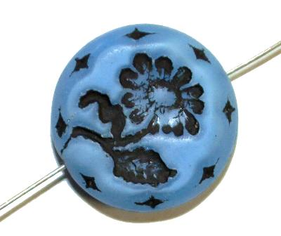 Best.Nr.:59134  vintage style Glasperlen, Perlettglas hellblau mit eingeprägter Blüte ,  nach alten Vorlagen aus den 1930 Jahren in Gablonz/Böhmen neu gefertigt,