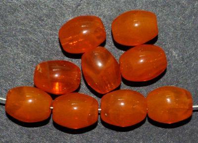 Best.Nr.:63003 Glasperlen Oliven, 1920/30 in Gablonz/Böhmen hergestellt, orange (nur wenige auf Lager)