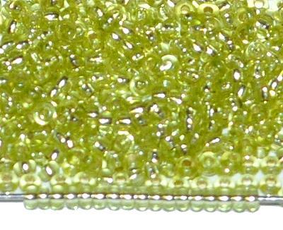 Best.Nr.:11172 Rocailles von Preciosa Ornella Tschechien, hellgrün transp. mit Silbereinzug