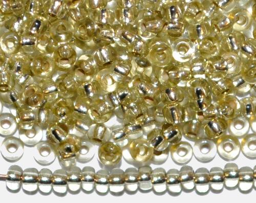 Best.Nr.:11201  Rocailles von Preciosa Ornella Tschechien,  oliv transp. mit Silbereinzug