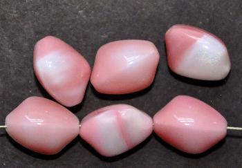 Best.Nr.:63619 Glasperlen in den 1950/60 Jahren in Gablonz/Böhmen hergestellt rosa weiß
