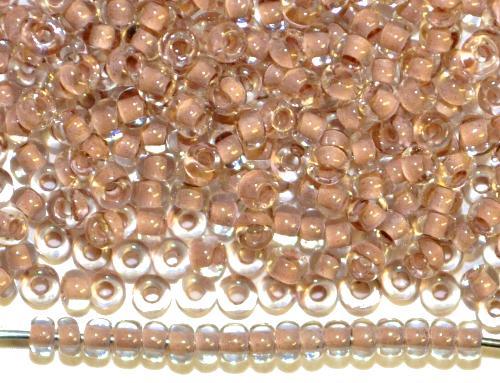 Best.Nr.:12149  Rocailles von Preciosa Ornella,  kristall mit Farbeinzug beige braun,  hergestellt in Gablonz / Tschechien