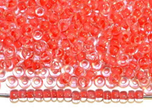 Best.Nr.:12151 Rocailles von Preciosa Ornella,  kristall mit Farbeinzug hellrot,  hergestellt in Gablonz / Tschechien