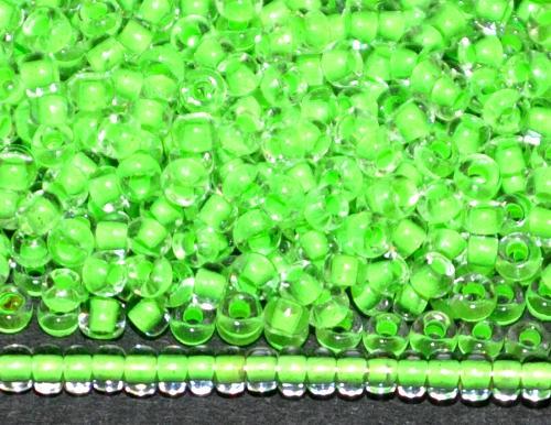 Best.Nr.:12167 Rocailles von Ornella Preciosa Tschechien,  kristall mit Farbeinzug neongrün