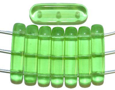 Best.Nr.:79012 Glasperlen mit 3 Löchern,  hellgrün transparent,  hergestellt in Gablonz / Tschechien
