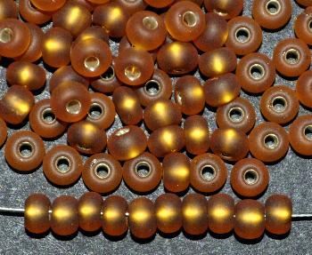 Best.Nr.:14043 Rocailles von Preciosa Tschechien topas mattiert (frostet) mit Silbereinzug
