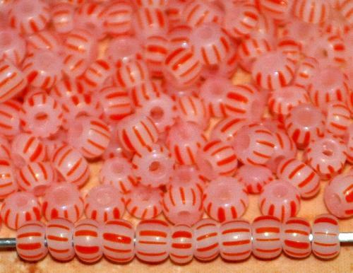 Best.Nr.:13072  Rocailles von Ornella Preciosa Tschechien,  alabasterweiß rot gestreift