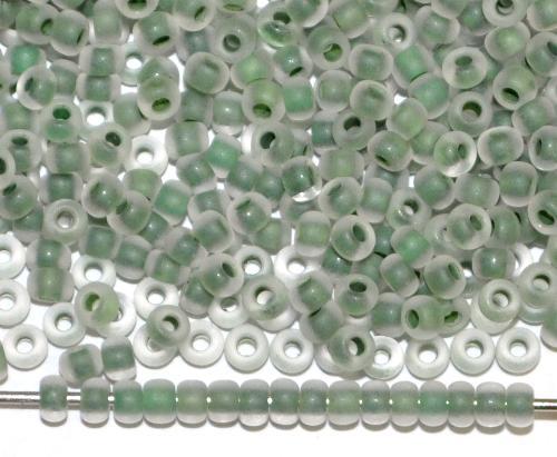 Best.Nr.:14007 Rocailles von Ornella Preciosa Tschechien kristall mattiert (frostet) mit rusischgrünem Farbeinzug