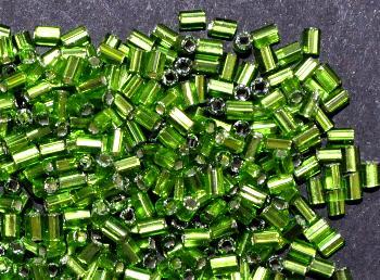Best.Nr.:41096 Glasperlen / Schnittperlen,  von Preciosa Ornella Tschechien hergestellt, grün mit Silbereinzug