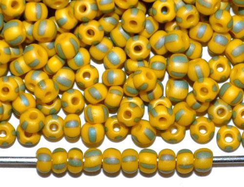 Best.Nr.:14076  Rocailles von Ornella Preciosa Tschechien  gelb grün gestreift mattiert (frostet)