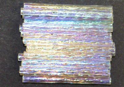 Best.Nr.:21180 Glasperlen / Stiftperlen getwistet,  von Preciosa Ornella Tschechien hergestellt,  kristall mit AB