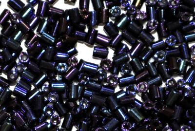 Best.Nr.:63758 Glasperlen in den 1920/30 Jahren in Gablonz/Böhmen hergestellt, metallic