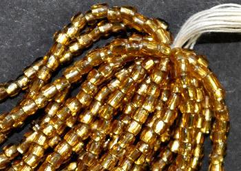 Best.Nr.:18021 3-Cutbeads von Ornella Preciosa Tschechien topas transp. mit Silbereinzug
